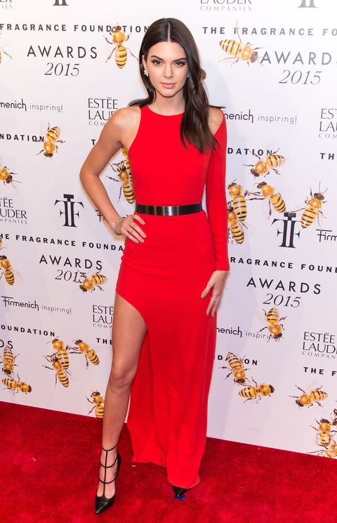 Kendall Jenner Wears Red Dress To 2017 Fragrance Awards