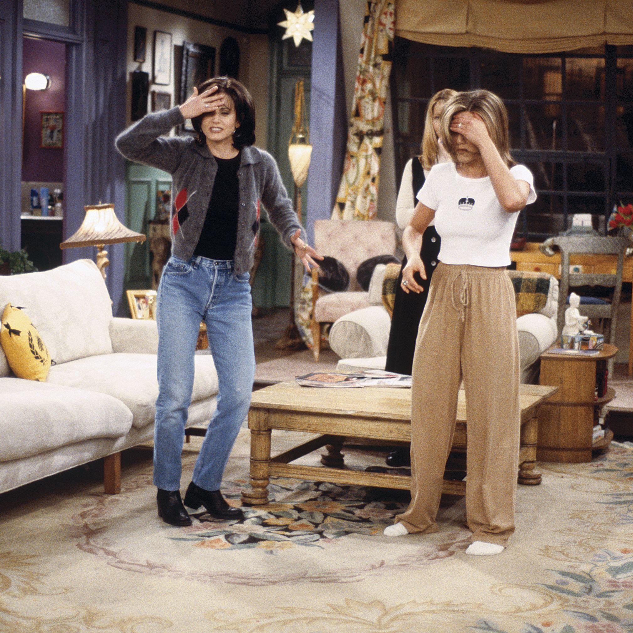 FRIENDS -- &quot&#x3B;The One After the Superbowl&quot&#x3B; (Part 2) Episode 12 -- Pictured: (l-r) Courteney Cox Arquette as Monica Geller, Jennifer Aniston as Rachel Green -- Photo by: J. Delvalle/NBCU Photo Bank