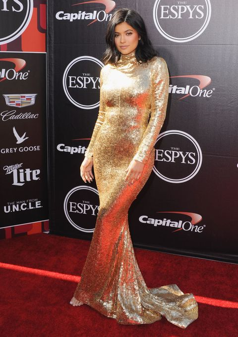 68f8b0e7135 2015 ESPYS  Kendall Jenner and Kylie Jenner stun on the red carpet