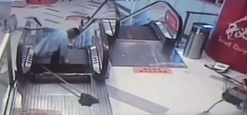 Cleaner in Shanghai loses foot in escalator accident