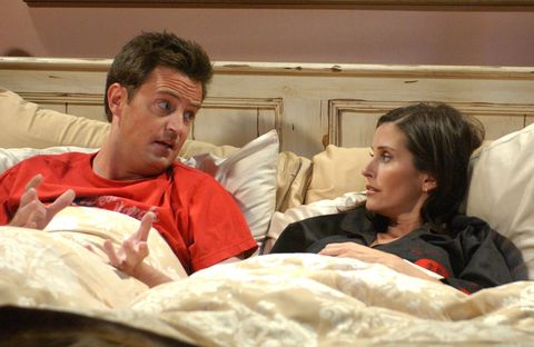 Chandler and Monica in bed - Friends