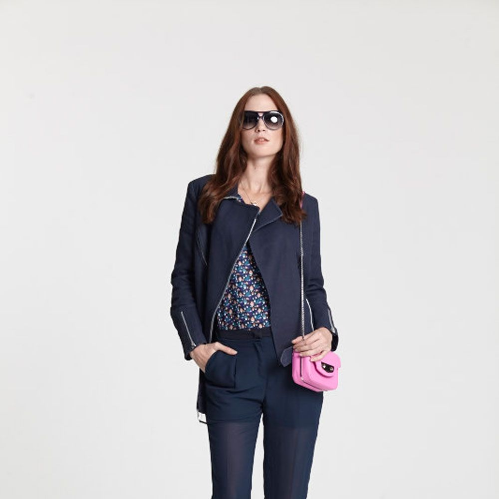 """<a target=""""_blank"""" href=""""http://www.brandalley.co.uk/private-sales/live-from-the-catwalk.html"""">SHOP THE LOOK</a>"""