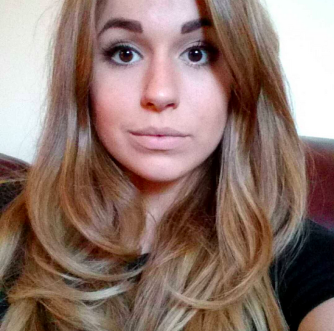 Alton Towers amputee Vicky Balch has been given a modelling contract