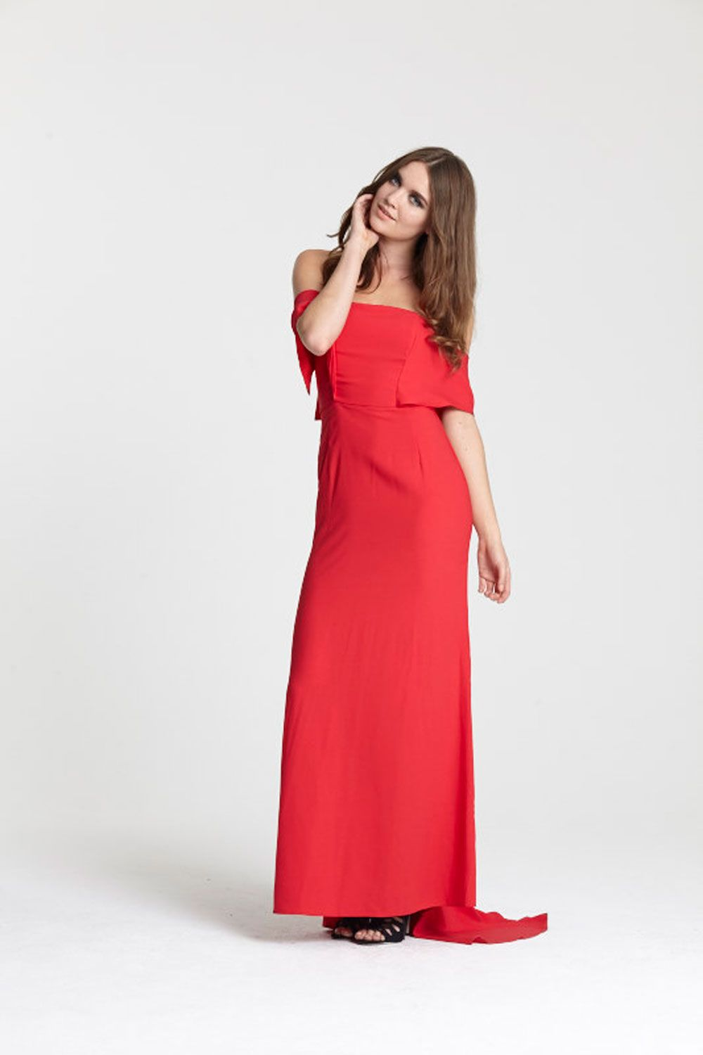 "<a target=""_blank"" href=""http://www.asos.com/asos/asos-red-carpet-soft-off-shoulder-fishtail-maxi-dress/prod/pgeproduct.aspx?iid=5367617&amp&#x3B;clr=Red&amp&#x3B;SearchQuery=red+long+dress&amp&#x3B;pgesize=36&amp&#x3B;pge=0&amp&#x3B;totalstyles=245&amp&#x3B;gridsize=3&amp&#x3B;gridrow=2&amp&#x3B;gridcolumn=3"">Buy the dress</a> and <a target=""_blank"" href=""http://www.asos.com/ALDO/ALDO-Miroiwen-Black-Leather-Ghillie-Tie-Up-Sandals/Prod/pgeproduct.aspx?iid=5335066&amp&#x3B;cid=4172&amp&#x3B;sh=0&amp&#x3B;pge=0&amp&#x3B;pgesize=36&amp&#x3B;sort=-1&amp&#x3B;clr=Black+suede&amp&#x3B;totalstyles=1753&amp&#x3B;gridsize=3"">heels</a>"