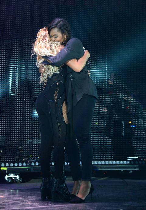 Beyonce and Michelle Obama hugging