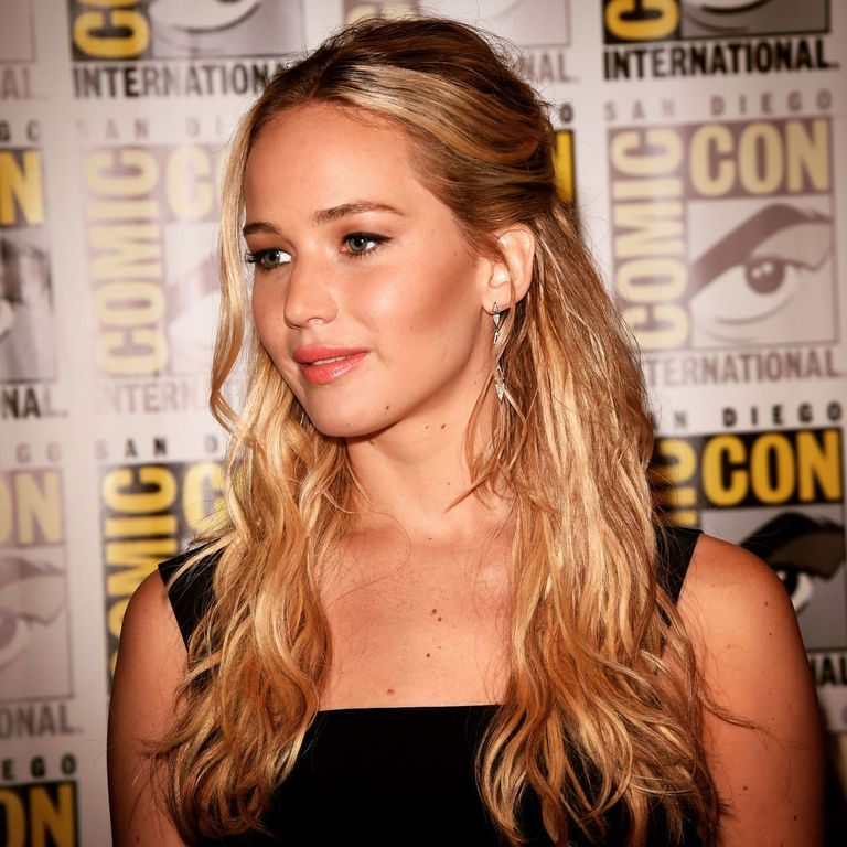 jennifer lawrence has written an amazing essay about the gender  jennifer lawrence has written an amazing essay on the gender pay gap