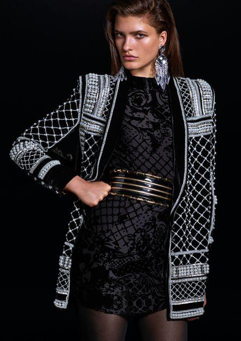 Sleeve, Jewellery, Fashion model, Style, Dress, Earrings, Fashion show, Fashion, Day dress, Model,