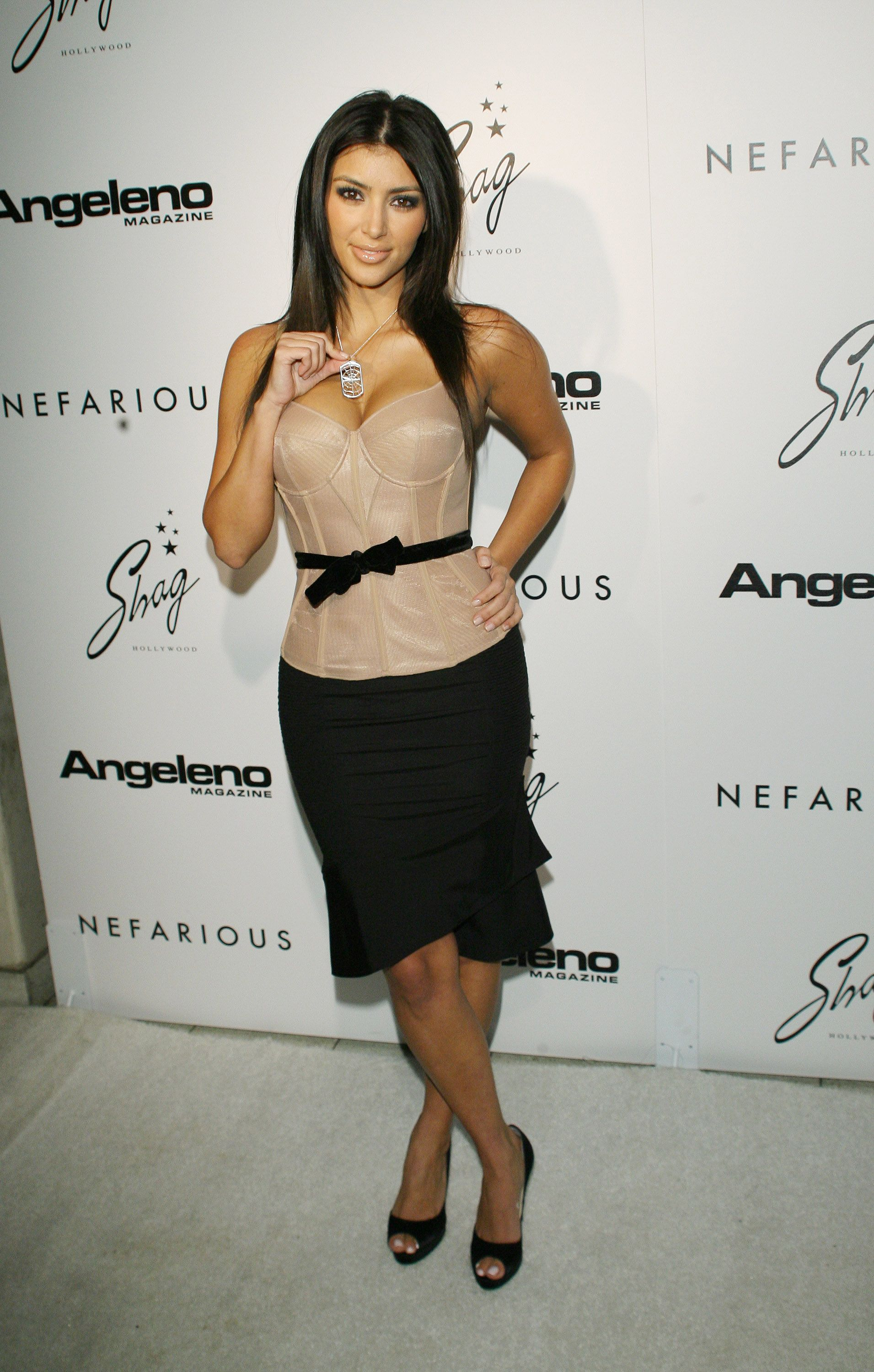 57505772766d1 20 delightful outfits Kim Kardashian wore in 2006