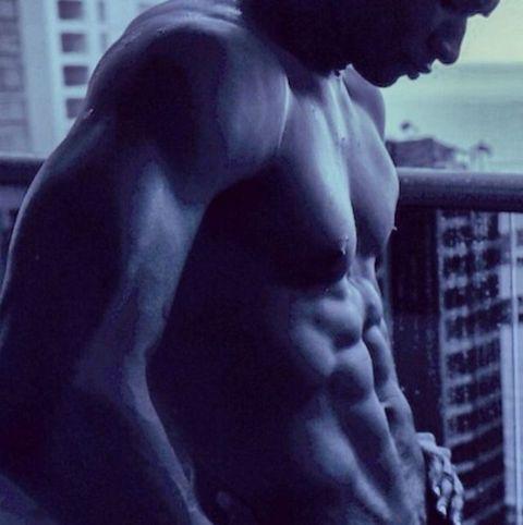 Usher posts a very bulging topless selfie to Instagram