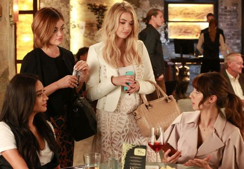 Everything we know about the Pretty Little Liars flash-forward