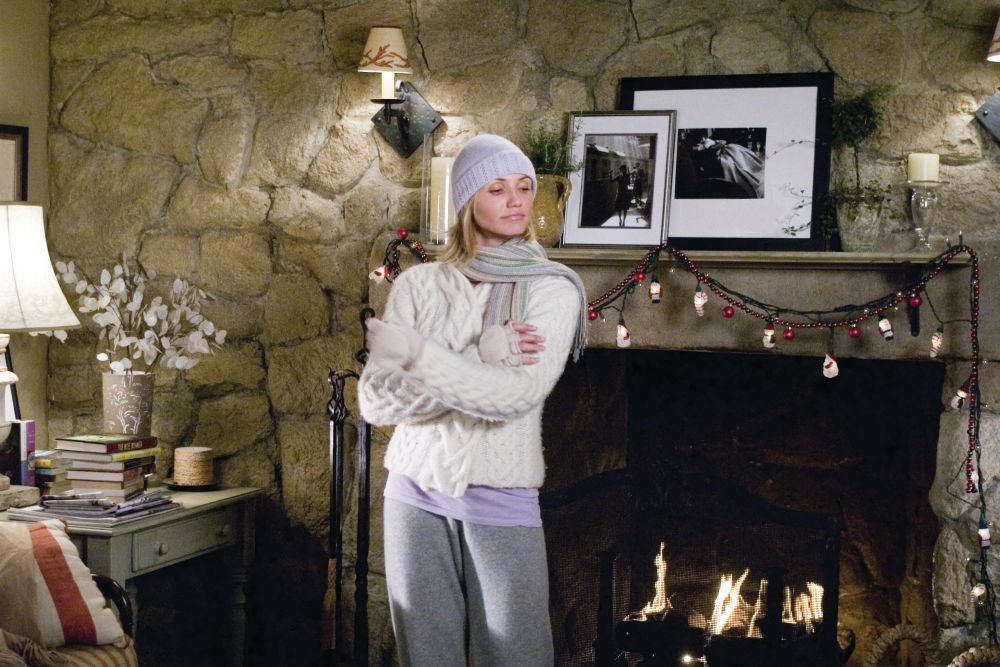 Cameron Diaz's best outfits in The Holiday