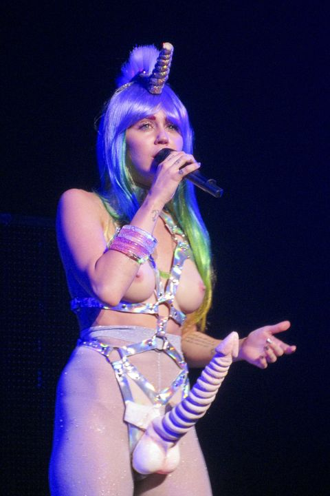 Miley Cyrus Basically Performed Naked On Stage Last Night-6610