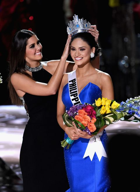 Miss Philippines being named Miss Universe 2015