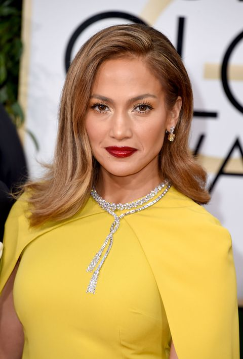 Jennifer Lopez - Golden Globes 2016 hair and makeup trends
