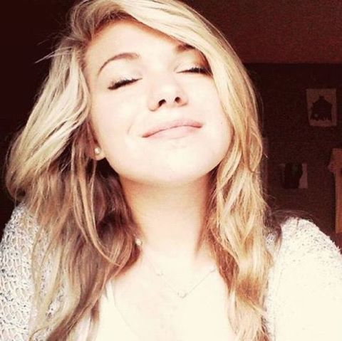 15 Year Old Girl On Life Support After Contracting Toxic Shock Syndrome