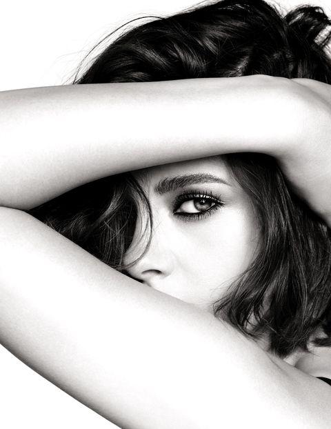 Kristen Stewart, the new face of Chanel makeup