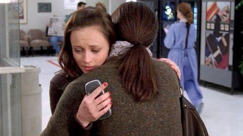 Gilmore Girls hug