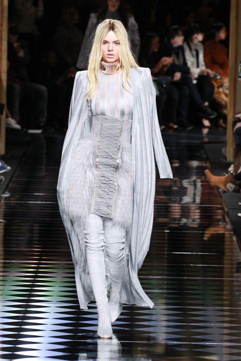 Kendall Jenner Goes Blonde For Balmain Paris Fashion Week Show
