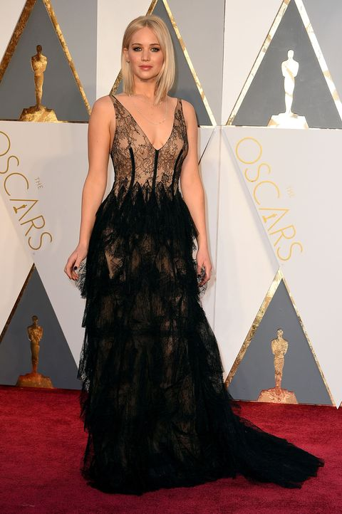 Oscars 2016: Jennifer Lawrence wore a seriously see-through dress on ...