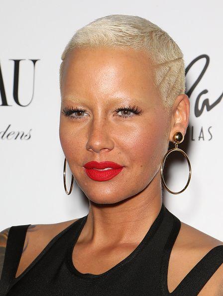 Earrings, Lip, Mouth, Cheek, Hairstyle, Eyelash, Eyebrow, Fashion accessory, Style, Jewellery,