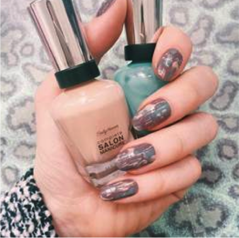 10 Tricks For Taking An Amazing Nailfie
