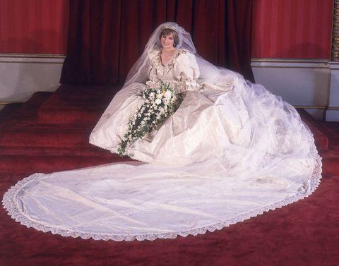 Image Getty Images Princess Diana S Wedding Dress