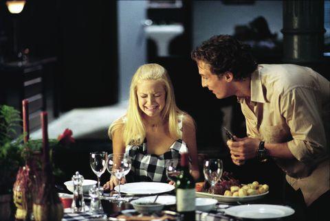 Drinkware, Drink, Alcoholic beverage, Table, Alcohol, Bottle, Dishware, Tableware, Serveware, Barware,