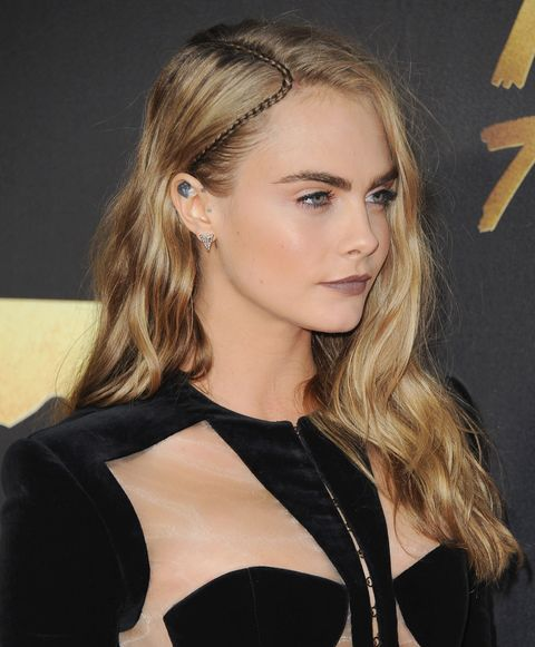 Cara Delevingne's braid - 2016 MTV Movie Awards