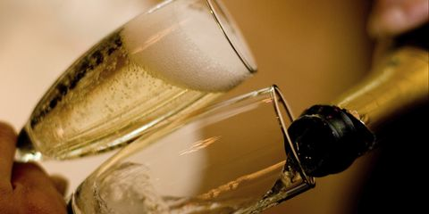 Slimline prosecco is a thing and WHERE CAN WE GET OUR HANDS ON IT?