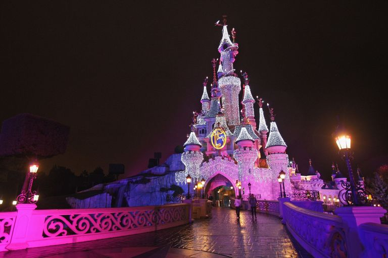 how to get from london to paris disneyland
