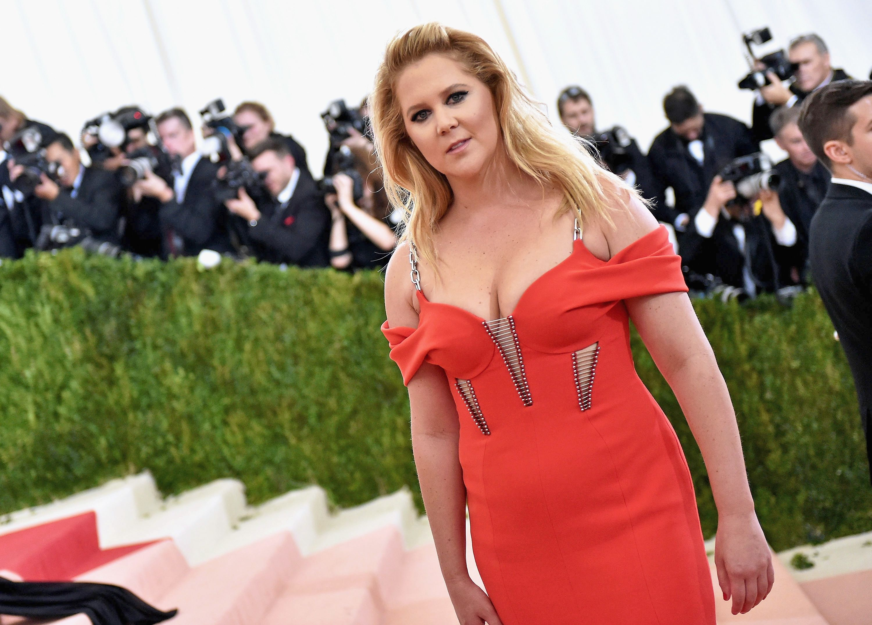 Amy Schumer Fucked amy schumer just smacked down body-shamers yet again