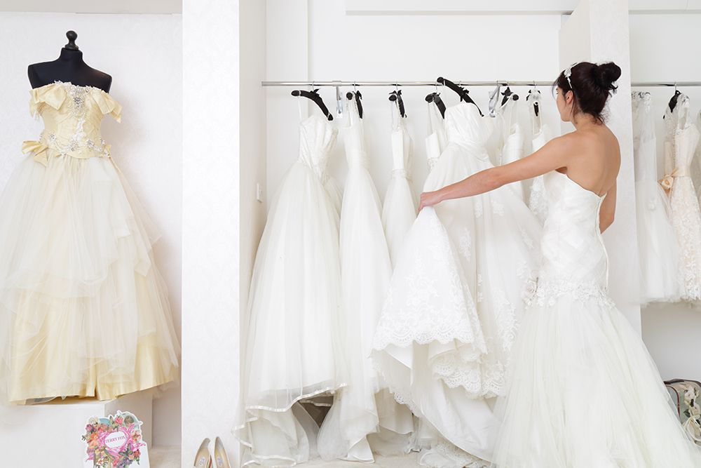 The Cost Of Wedding Dress Shopping