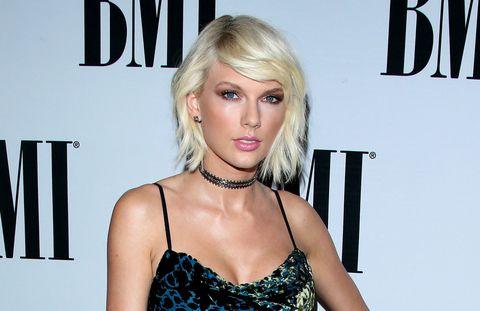Taylor Swift bleach blonde hair