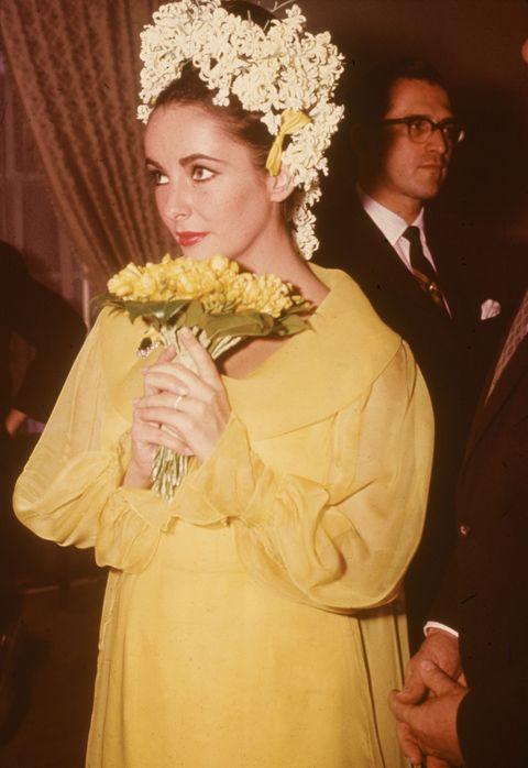 Colourful celebrity wedding dresses - the best unique colourful ...