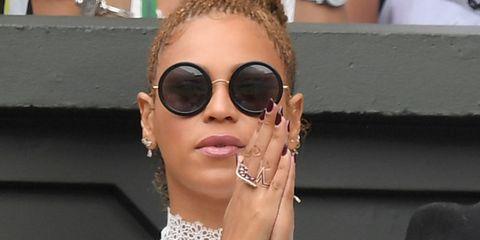 Beyonce watching Serena Williams at Wimbledon