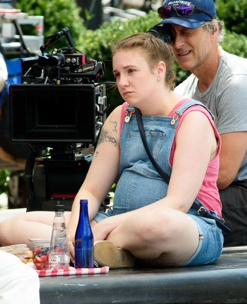 Is Hannah pregnant in season 6 of girls? These photos of Lena Dunham on set appear to suggest so