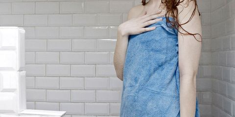 A worrying link between douching in the shower and ovarian