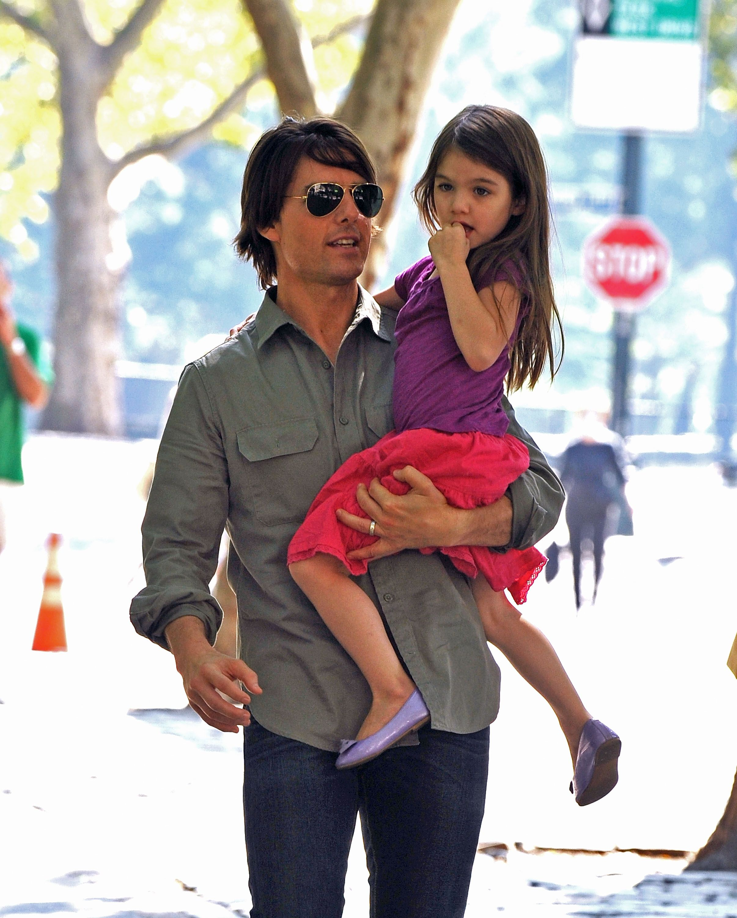 Tom Cruise Awkwardly Swerves Question About Daughter Suri