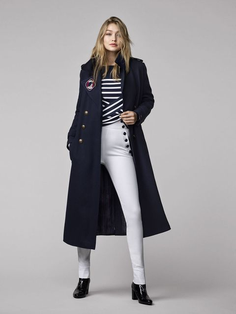 Clothing, Collar, Sleeve, Shoulder, Coat, Textile, Joint, Standing, Outerwear, Formal wear,