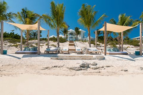 Kylie Jenner Turks & Caicos 19th birthday mansion