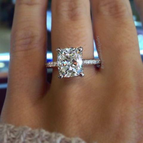 b75cdfa08db69 The 13 most popular engagement rings on Pinterest