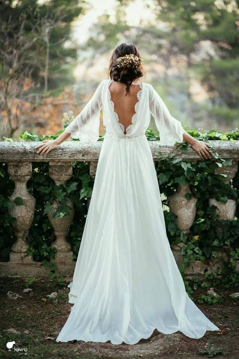 Gown, Wedding dress, Dress, Bride, White, Photograph, Clothing, Bridal clothing, Bridal accessory, Shoulder,