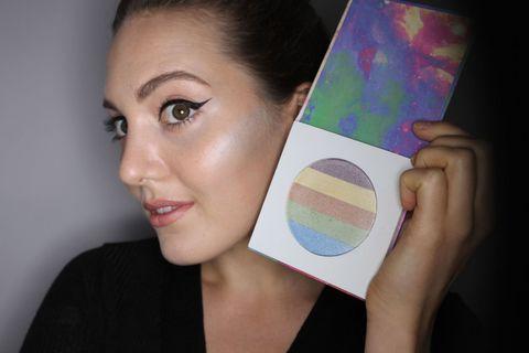 Lip, Cheek, Eyebrow, Eyelash, Iris, Colorfulness, Purple, Violet, Eye shadow, Eye liner,