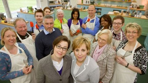 Ways The First Series Of Great British Bake Off Was Totally Diffe To What It S