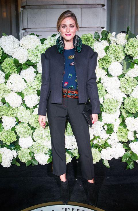 Green, Collar, Textile, Coat, Outerwear, Style, Formal wear, Blazer, Street fashion, Pocket,