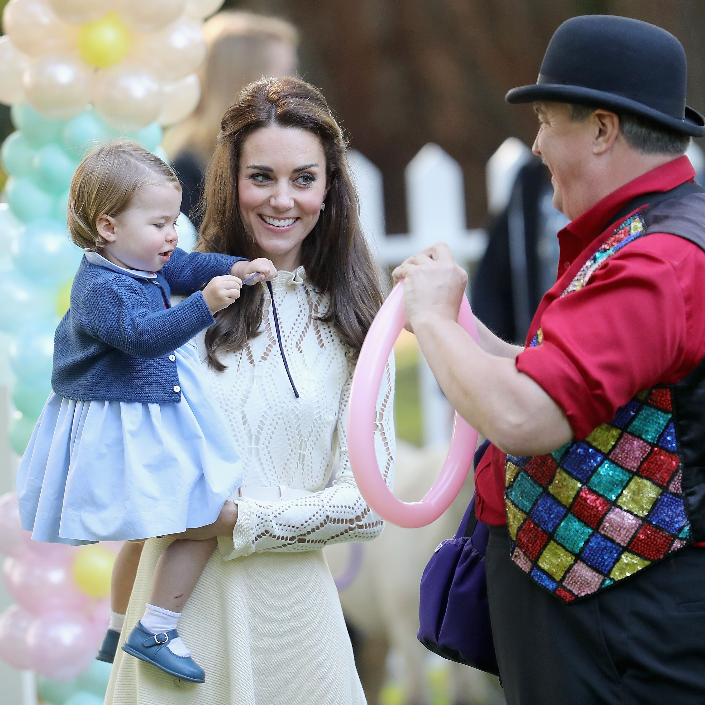 Prince George and Princess Charlotte playdate in Canada