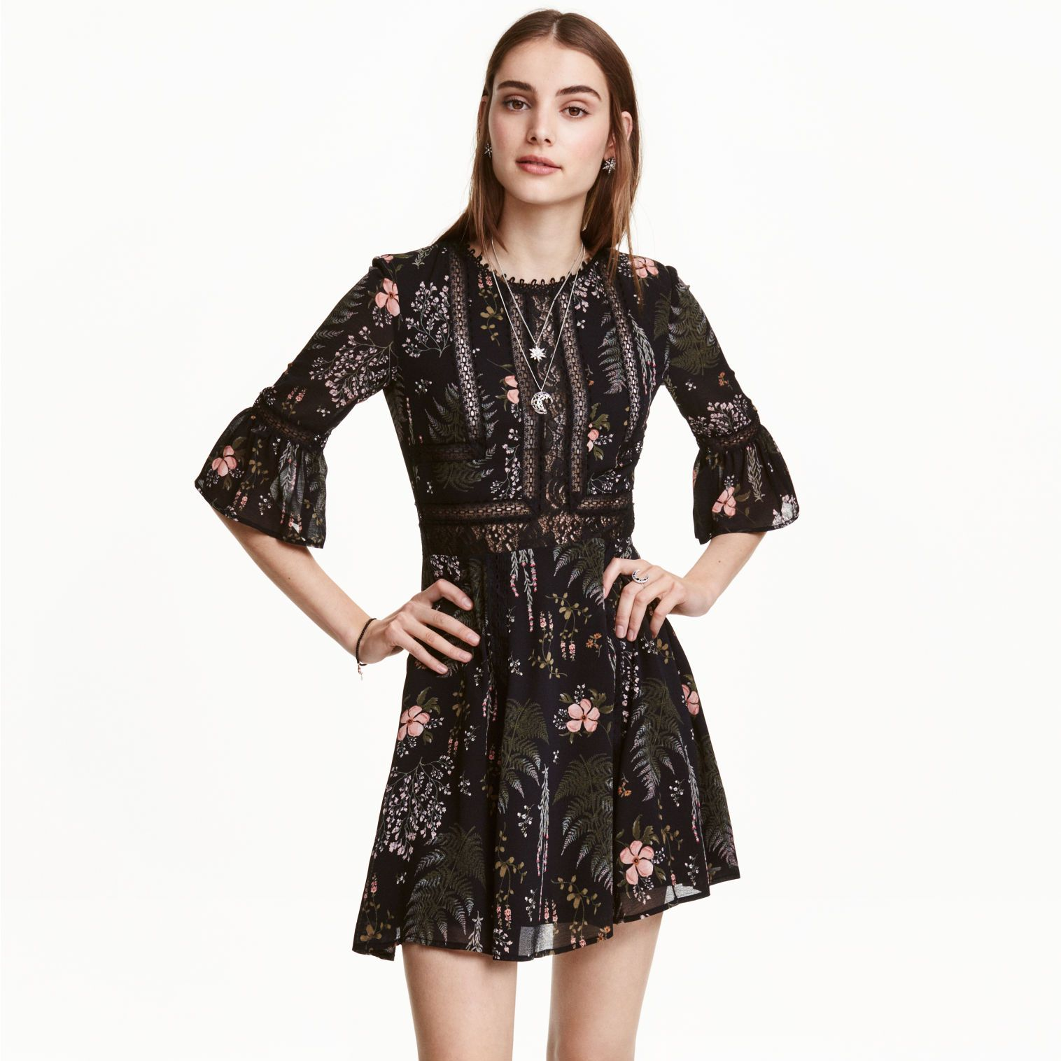 """<p>The winter floral print on this chiffon H&amp&#x3B;M dress is perfect for those not willing to let go of summer.</p><p><a href=""""http://www2.hm.com/en_gb/productpage.0417752001.html"""" target=""""_blank""""><strong data-redactor-tag=""""strong"""" data-verified=""""redactor"""">H&amp&#x3B;M</strong></a></p>"""