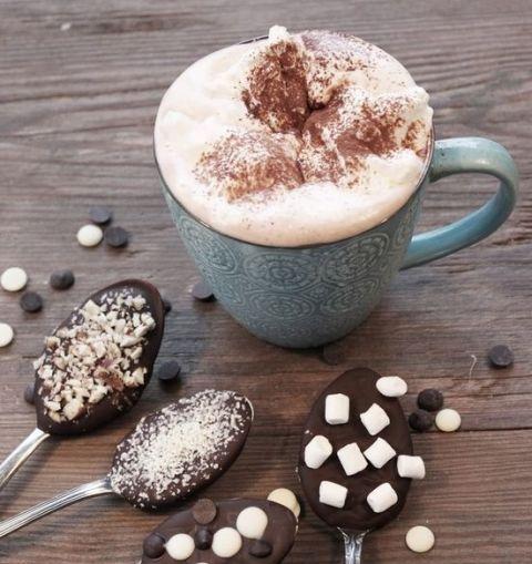 Drinkware, Cup, Food, Serveware, Drink, Coffee cup, Ingredient, Coffee, Wiener melange, Espressino,