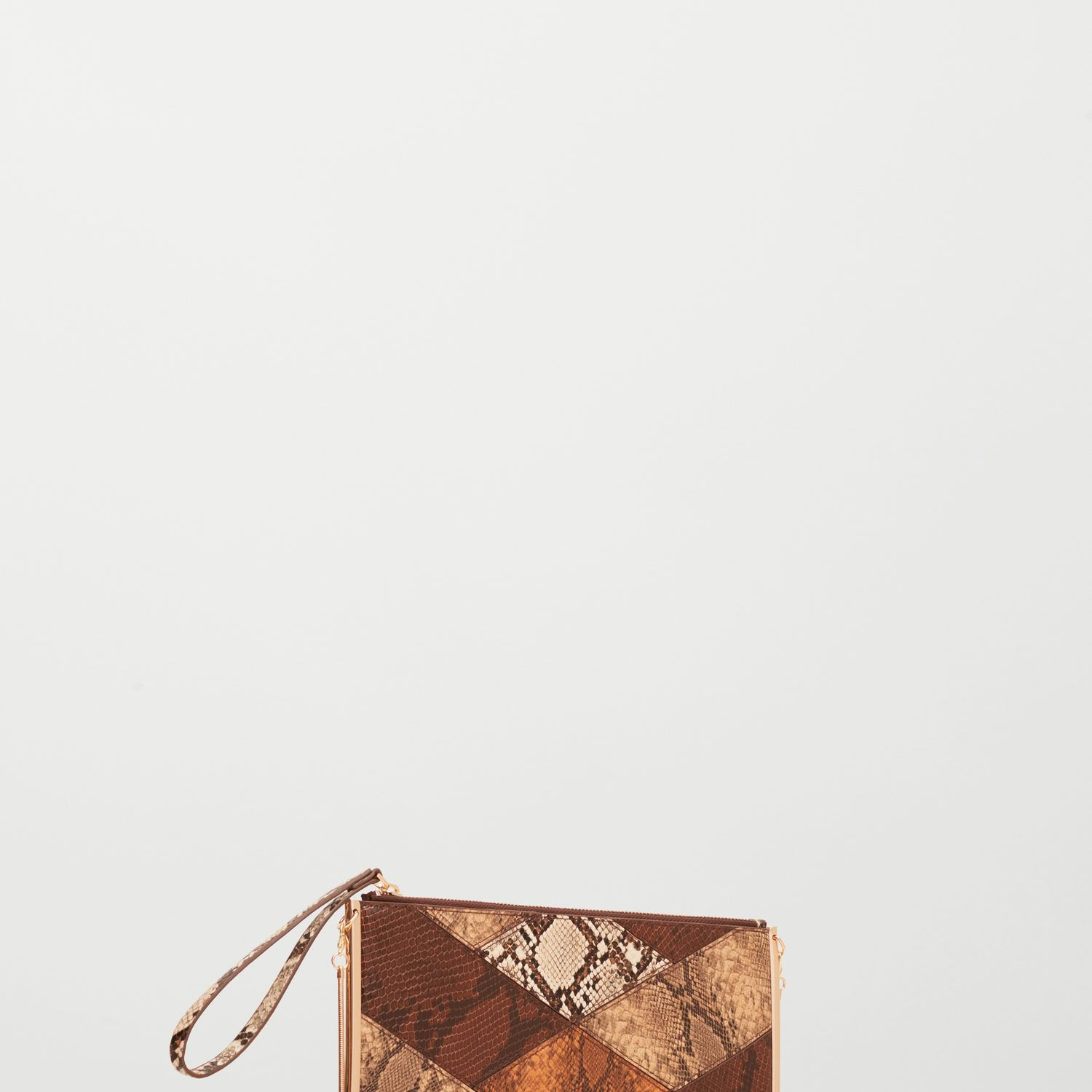 "<p>This clutch bag may look unassuming but it's oversized <em data-redactor-tag=""em"" data-verified=""redactor"">and</em> packs a pretty punch, too.</p><p><a href=""http://shop.mango.com/GB/p0/woman/accessories/bags/crossbody-bags/snake-effect-zip-clutch?id=73005591_32&amp&#x3B;n=1&amp&#x3B;s=accesorios.bolsos"" target=""_blank"">Snake-effect zip clutch, £19.99, Mango</a></p><p><em data-redactor-tag=""em"">Head in store and snap up any of these items by paying with your mobile thanks to&nbsp&#x3B;<a class=""body-el-link standard-body-el-link"" href=""https://www.visa.co.uk/visa-with-android-pay"" target=""_blank"">Visa and Android Pay</a><sup data-redactor-tag=""sup"">TM.</sup><span class=""redactor-invisible-space"" data-verified=""redactor"" data-redactor-tag=""span"" data-redactor-class=""redactor-invisible-space""></span>Just download the app, add your Visa card and make a purchase!</em><span class=""redactor-invisible-space"" data-verified=""redactor"" data-redactor-tag=""span"" data-redactor-class=""redactor-invisible-space""></span><br></p><p><span class=""redactor-invisible-space"" data-verified=""redactor"" data-redactor-tag=""span"" data-redactor-class=""redactor-invisible-space""><em data-redactor-tag=""em""><em data-redactor-tag=""em"">Android Pay</em><em data-redactor-tag=""em"">&nbsp&#x3B;is a trademark of Google Inc</em><span class=""redactor-invisible-space"" data-verified=""redactor"" data-redactor-tag=""span"" data-redactor-class=""redactor-invisible-space""></span></em><span class=""redactor-invisible-space"" data-verified=""redactor"" data-redactor-tag=""span"" data-redactor-class=""redactor-invisible-space""></span><br></span></p>"