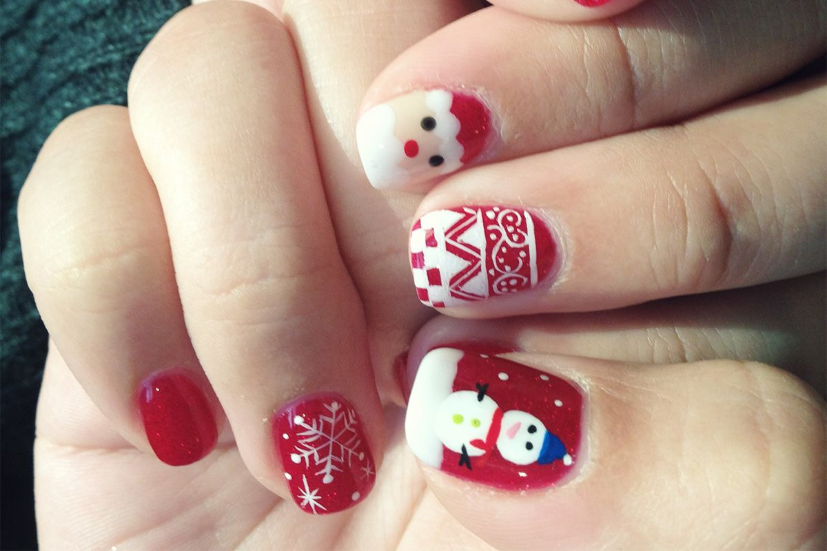 Ugly Christmas Jumper nails - the festive nail art trend is here